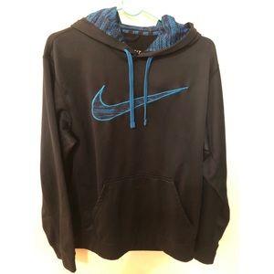 Nike sweater size M